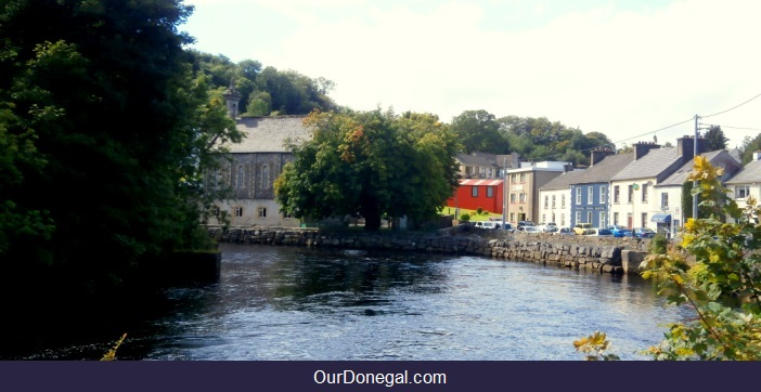 Donegal Town Straddles The River Eske In South Donegal Ireland